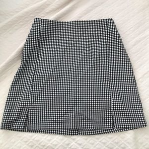 Brandy Melville Cara checkered skirt